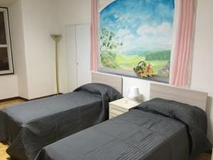 camera-letto-nuova-casa-accoglienza-iodomani